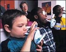 children-with-asthma-inhalers4