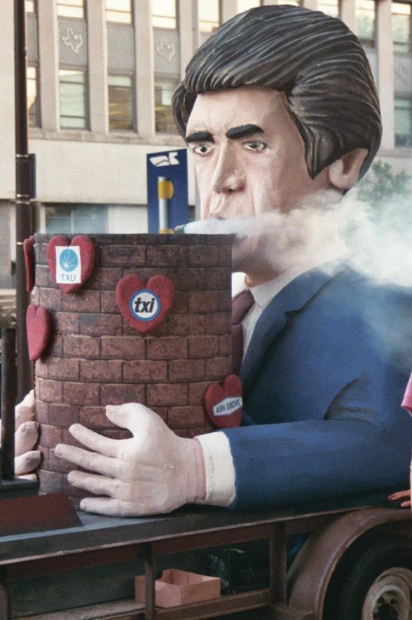 Debut-Smoking cropped